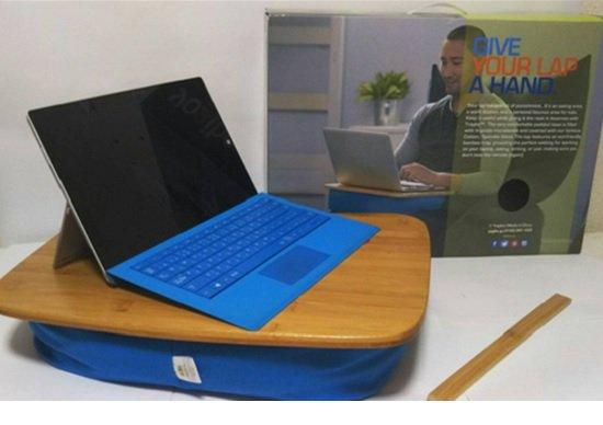 腿上PC置き用トレイが快適すぎる!ソファでPC使用、ビーズクッション付きで疲れない