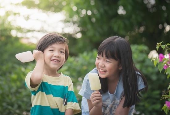 「教育熱心な親」が子どもを壊す?お菓子・キャラクター禁止の危険な落とし穴