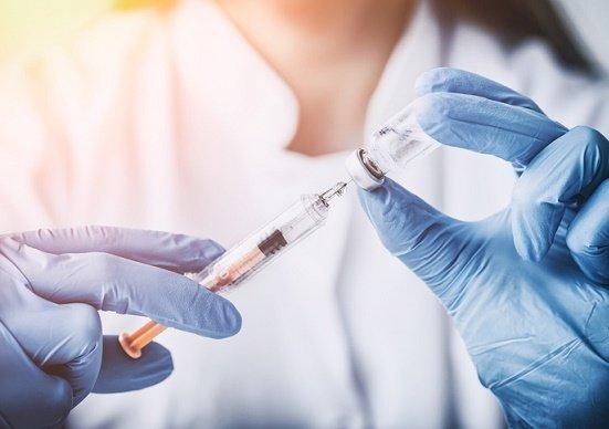 「肺炎球菌ワクチン摂取の広告は詐欺まがい」批判は正しいのか?誤解だらけの予防接種の画像1
