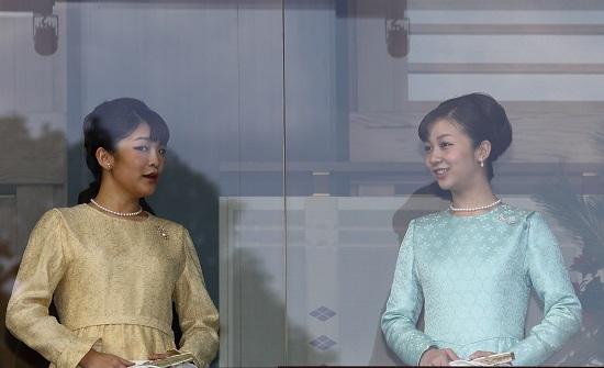 眞子さまご婚約スクープ、皇室の事実上リークか…安倍首相への警告、宮内庁職員も関与かの画像1