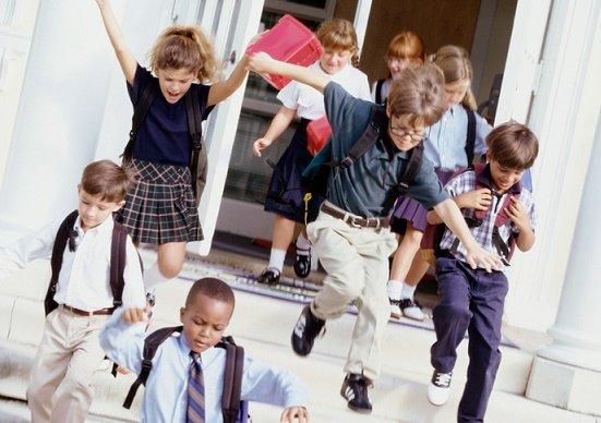 北欧国、幼稚園から社会人まで教育無償化で高い幸福度達成…経済成長と高福祉実現の画像1