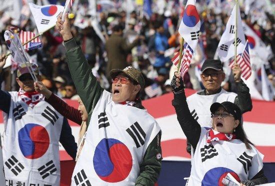 韓国人の嫌いな国、中国が日本を逆転…「日韓関係悪化の原因は日本、慰安婦問題は未解決」の画像1