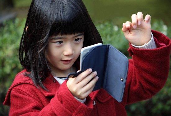 日本医師会「スマホ使用で学力低下」が波紋…ドコモが反論「逆に向上もあり得る」の画像1