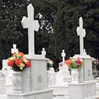 ブームの散骨葬は法的にOK? 変わりゆく葬式ビジネスと背後にある過疎化問題