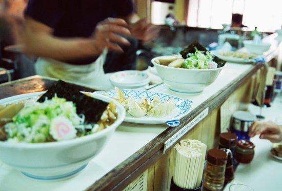 ラーメン店、低原価率24%の味噌がなぜ醤油より高価格?まぜそば店はボロ儲け?