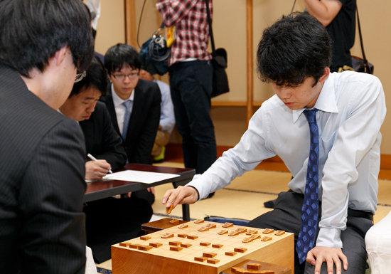 藤井聡太の強さ、アルファ碁と共通の仕組みか…AIがプロ棋士に勝つのは当たり前