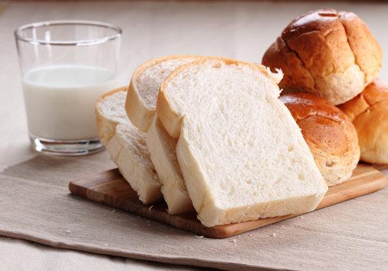 子供のアレルギー激増、母親の小麦・牛乳食が原因か…給食、存続不可能の恐れの画像1