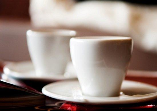 客殺到の「月額」飲み放題カフェに賛否続出…「狭いイートイン」「コンビニで十分」の画像1