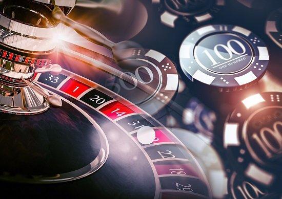 大阪、念願のカジノ誘致が突如「邪魔」に…外国人観光客激増でキャパオーバー懸念の画像1