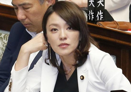 不倫発覚の今井絵理子議員の悪評...