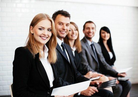 新卒採用の8割が外国人、日本語能力問わない企業も…外国人採用が日本人を脅かす?の画像1