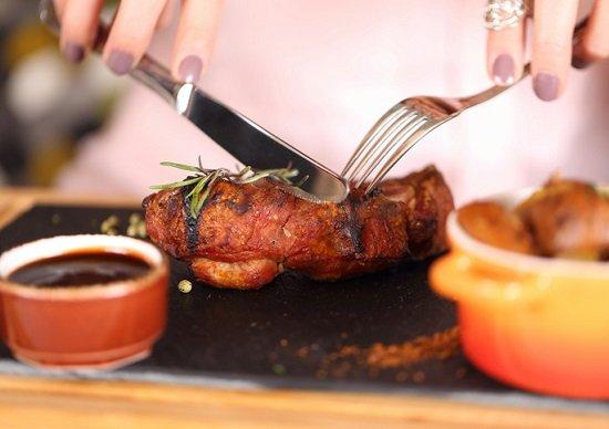将来「ボケ」やすい人に共通点があった!肉を食べないのは危険!ボケないための食事法