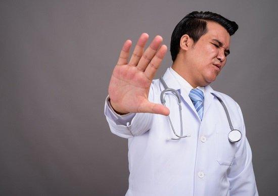 なぜ医師は病気になると、自分の病院での治療&手術を嫌がる?失敗しない病院選びの画像1