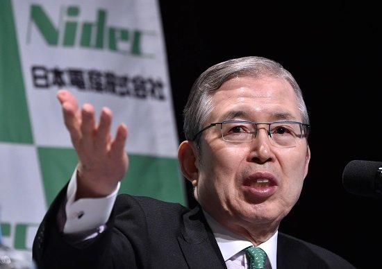 日本電産、創業45年目で初の社長交代の真相…永守会長、個人で大学工学部創設し人材育成