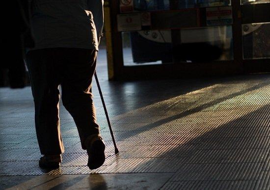 間違った介護や徘徊老人への対応、極めて危険…大怪我をさせ多額の損害賠償支払うハメにの画像1