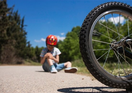 子供が自転車事故で相手重傷、賠償1億円支払い命令も…重要性増す「保険」の選び方の画像1