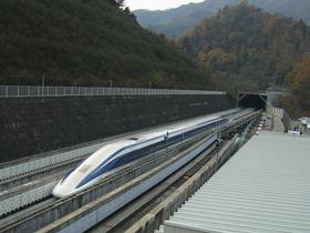 新幹線、官民一体海外商戦の舞台裏…中国は日本の供与技術を特許出願かの画像1