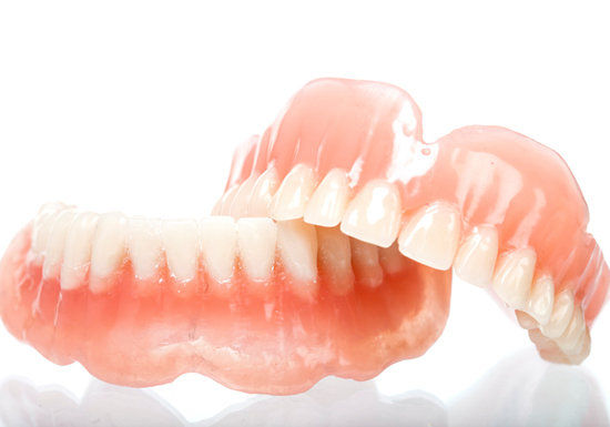 入れ歯 総 若い に の 30代、40代の若い方の入れ歯について