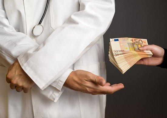 ブラック病院網の衝撃の実態…不必要な手術を繰り返し報酬稼ぎ、2週間ごとに転院