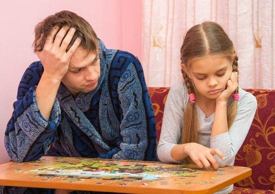 子どもの低所得&低学歴、親の「子育て」が原因?