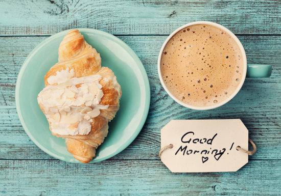 朝食にパンと砂糖入りコーヒーは体に毒?