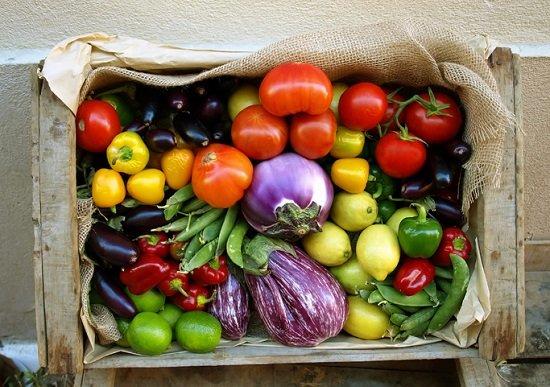 「加工食品は毒、天然物は安全」は大間違い? 誤った調理法によって食中毒の例も