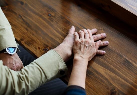 熟年婚活&結婚の理想と実態…老人ホームの「死ぬまでセックス」問題