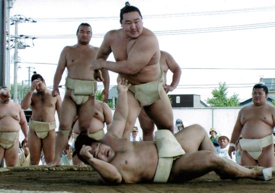 「国際的実業家」朝青龍、大みそかAbema出演のカネ事情の画像1