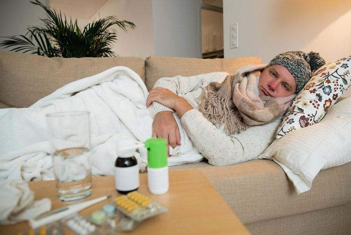 インフルエンザに治療薬はない?通院でかえって感染拡大や免疫力低下の恐れも