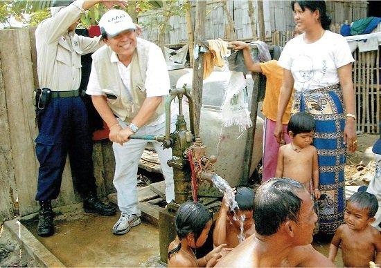 61歳で起業し、本気で世界から戦争をなくすビジネスを展開する松岡さん