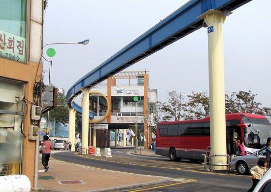 韓国モノレール、予定から9年過ぎ完成時期未定…車両逆走や破断、相次ぐ計画変更で中止もの画像1