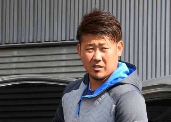 中日・松坂大輔、キャンプ途中で投げ出し米国永住権のため緊急渡米が物議…首脳陣も困惑