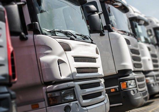 「中型免許」創設でトラックドライバー不足深刻化→「準中型免許」創設も完全不発の画像1