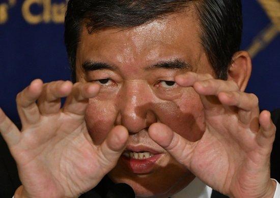 安倍首相、3選狙い「石破茂対策」先鋭化…菅官房長官との亀裂深まるの画像1