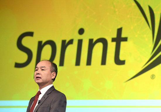 ソフトバンクの挫折…米携帯電話市場進出が失敗、スプリントで巨額有利子負債抱える