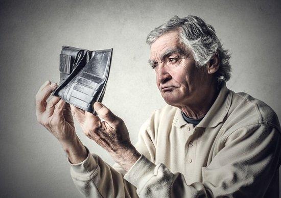 ゆとりある老後、年金プラス月額12.8万円必要?「ねんきん定期便」で老後不足額がわかるの画像1