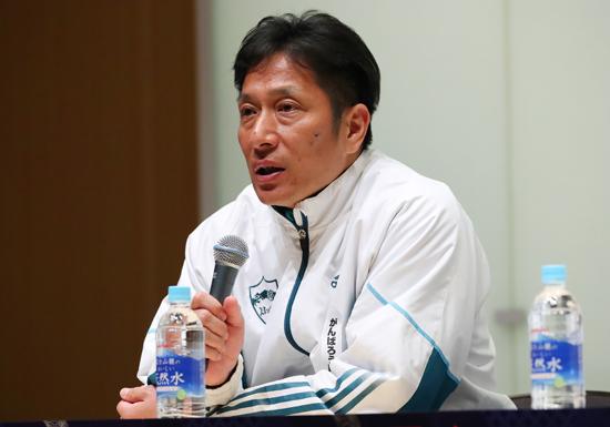 日本中で日本大への批判氾濫…アメフト悪質タックル「不誠実対応」に青学の原監督が持論の画像1