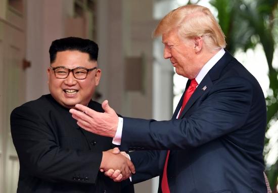 北朝鮮、拉致交渉で日本に巨額要求か…トランプを「勘違い」させた金正恩の外交テクニックの画像1