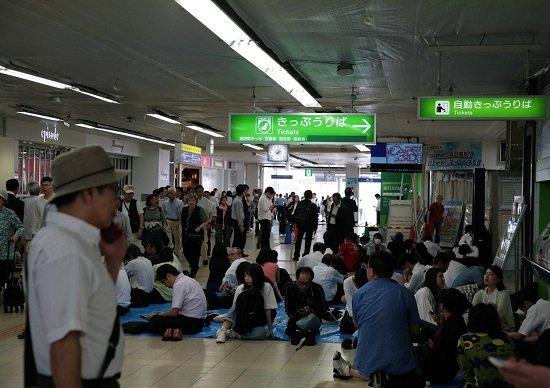 【大阪北部地震】倒壊予想の場所に注意、デマ情報に注意…生死分ける日頃の対策リストの画像1