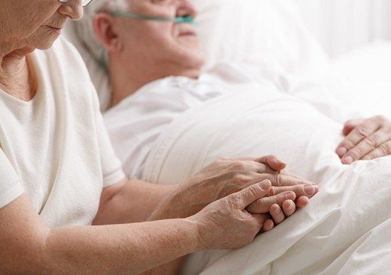 人生100年時代=長寿という残酷…寝たきり老人大国・日本の現実の画像1