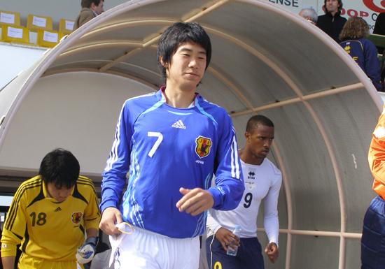 香川真司、小さくて細かった少年が「日本の10番」を背負うまで…香川が追い続けた背中の画像1