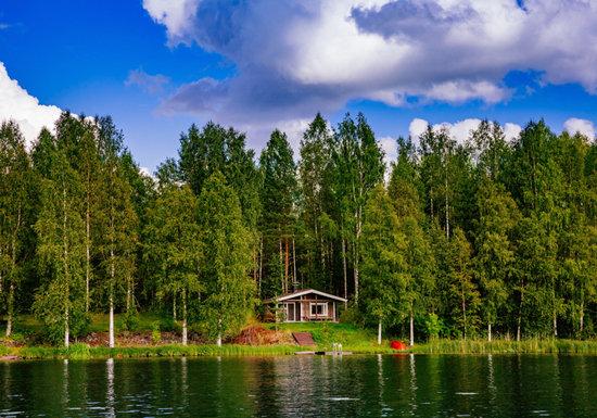 老後の不安が「ない」フィンランド、人々がバカ高い税金に不満がない理由…病院も大学も無料