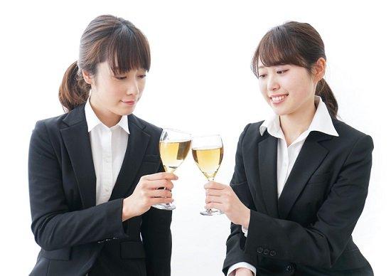 暗記直後の飲酒、記憶力上昇との研究結果…発想力を要する仕事、飲酒しながらで成果向上