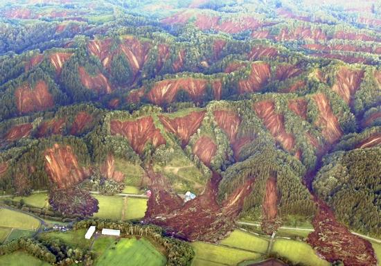 南海トラフ巨大地震が首都直下地震を誘発する可能性も…大地震は連続発生しやすい