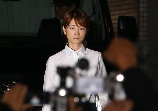 吉澤ひとみ、飲酒ひき逃げ事件後も飲酒継続…裁判では「一生忘れず過ごす」と発言