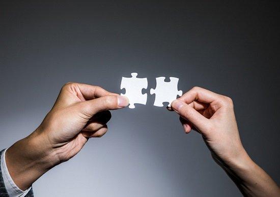 「弱いつながり」のほうが有益な情報を提供してくれる…ネットワーク理論の研究で判明
