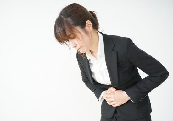 「食事を減らしてもやせない」「下痢や便秘が続く」…腸内細菌が異常増殖する「SIBO」では?