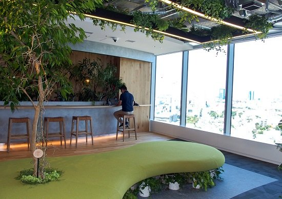 秘密主義だったアマゾンが公開したオフィスが衝撃的…礼拝室や搾乳室も完備