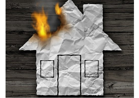 今すぐ火災保険の内容を確認しなさい!自然災害も破損も盗難も補償範囲になってますか?