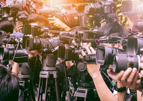 某民放キー局、有名芸能デスク・A氏の壮絶なパワハラ&セクハラ行為を告発